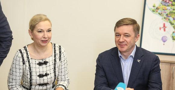"""""""Valstiečiai"""" pristatė kandidatus į Kauno savivaldybės tarybą: viena iš lyderių – Kalėdų eglės kūrėja"""