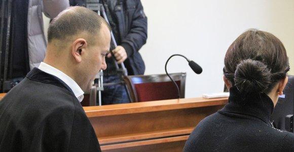 Vaikus iš šeimos išplėšė 7 mėnesiams: už košmarą siekia prisiteisti 120 tūkstančių eurų