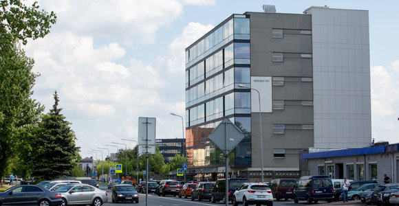Išaugus eilėms, Vilniaus migracijos skyrius ieško 20 klientų aptarnavimo specialistų