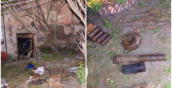 Gaisras Kalvarijoje vos nevirto tragedija: numalšinę liepsnas rado sprogmenų arsenalą