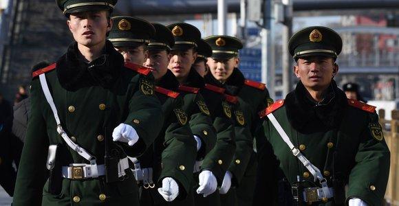 Kaip veikia Kinijos cenzūra: draudžia, leidžia ir žiūri pro pirštus