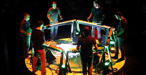 """Niujorko grupės """"Mantra Percussion"""" koncerte Vilniuje – neregėtas mušamųjų instrumentų desantas vienoje scenoje"""