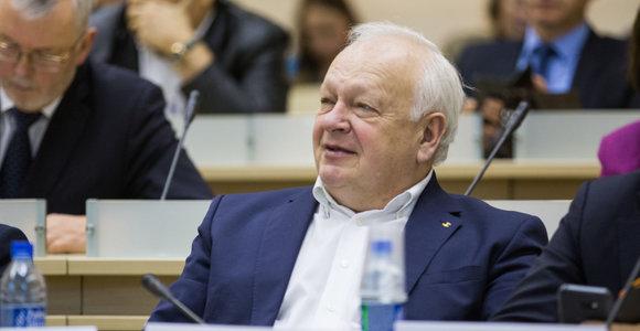 Lietuvos prekybos, pramonės ir amatų asociacijos vadovas B.Žemaitis pasitraukė