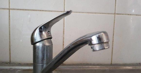 Kauno rajone – kaltųjų paieškos: kažkas kelioms savaitėms paliko gyvenvietę be vandens