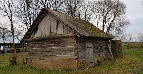 Gaisras Šiaulių rajone: dega pastatas senoviniais namais įžymiuose Dargaičiuose