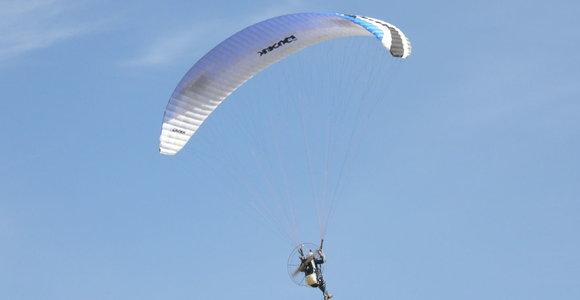 """""""Kylam"""": parasparnių ir skraidyklių pilotai sezoną pradeda naujomis idėjomis"""