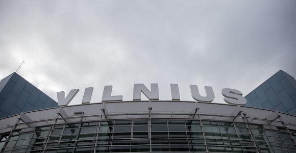 Lietuvos oro uostai iš naujo ieško automobilių aikštelės rangovų