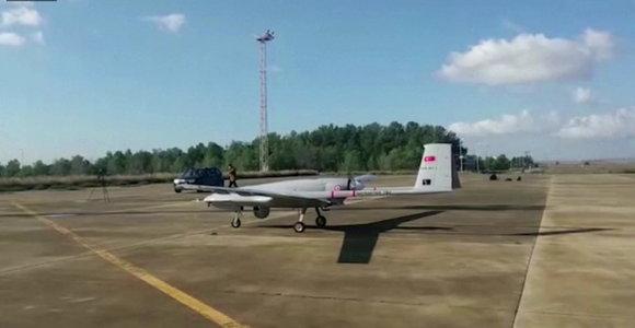 Su Nikosija dėl dujų besiginčijanti Turkija pasiuntė į Šiaurės Kiprą kariuomenės droną