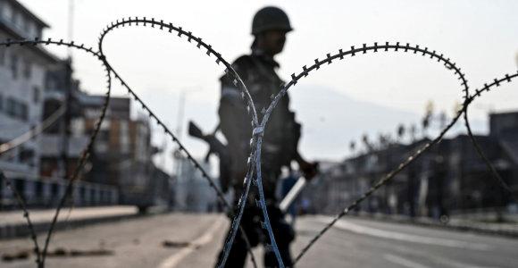 """JT vadovas ragina laikytis """"maksimalaus santūrumo"""" dėl Kašmyro"""