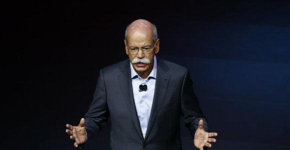 "D.Zetsche perleido ""Daimler"" vairą naujam vadovui"