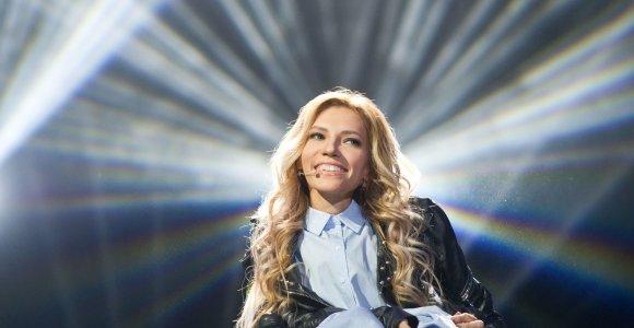 """Ukrainai skirta piniginė bauda už draudimą """"Eurovizijoje"""" dalyvauti Julijai Samoilovai"""