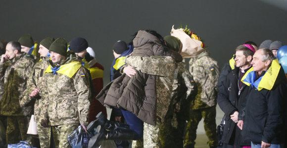 Ukrainos URM vadovas: rengiamasi didelio masto apsikeitimui kaliniais su Rusija