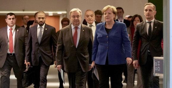 A.Merkel: tarptautinėje konferencijoje dėl Libijos sutarta dėl ginkluotės embargo