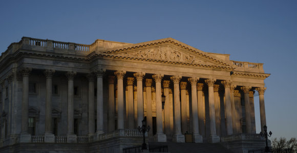 JAV Senate prasideda istorinis Donaldo Trumpo apkaltos teismas