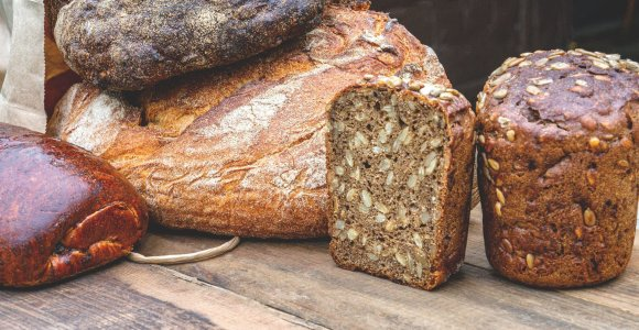 Kaip nepasiklysti duonos įvairovėje: ekspertas – apie 9 jos tipus ir savybes