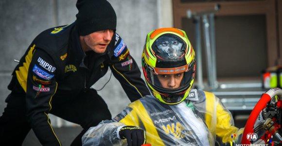 FIA sezoną baigė Pasaulio čempionų pagerbimu: apdovanojimą gavo vienintelis lietuvis