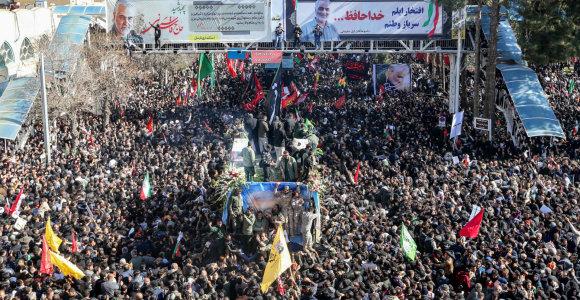 Irane per Q.Soleimani laidotuvių procesiją susidarius spūsčiai žuvo per 50 žmonių