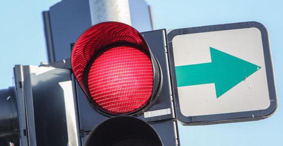 Žaliųjų rodyklių grąžinimas stringa – jų laukti gali tekti ir 3 mėnesius, savivaldybės piktinasi biurokratija