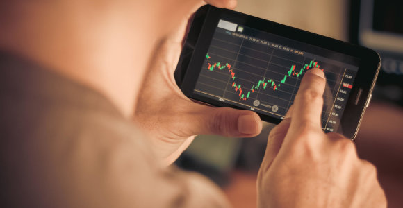 Azijos akcijų rinkose įsivyravo augimo nuotaikos