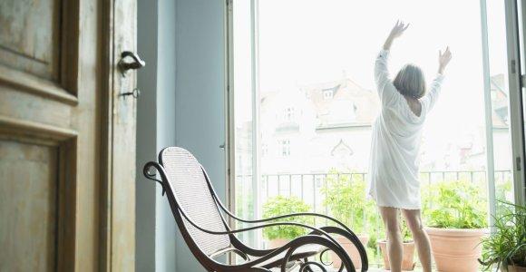 Menopauzė: kaip pasirūpinti oda ir plaukais, kai žymiai sumažėja kolageno?