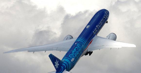 """JAV aviacijos tarnyba atlieka tyrimą dėl """"Boeing 787"""" gamybos trūkumų"""