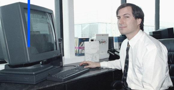 """Steve'as Jobsas nekentė """"PowerPoint"""": Žinantiems, apie ką kalba, jo nereikia"""