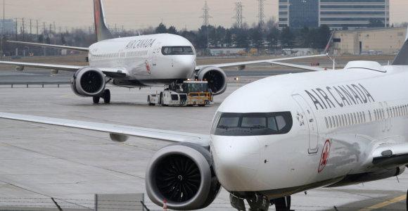 Ar dažnai užmiegate lėktuve? Viena mergina Kanadoje tamsiame lėktuve atsibudo visiškai viena