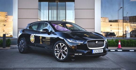 """""""Jaguar I-Pace"""" Vokietijoje pelnė """"Auksinio vairo"""" apdovanojimą """"miesto visureigio"""" kategorijoje"""