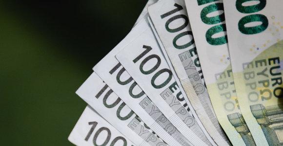"""Ekonomistai: savininkų """"apsipirkimai"""" per įmones siekiant išvengti PVM įgauna vis didesnį mastą"""