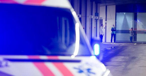 Skuodo greitosios pagalbos stotyje sprogo problemų pūlinys: darbuotojai sukilo prieš direktorę