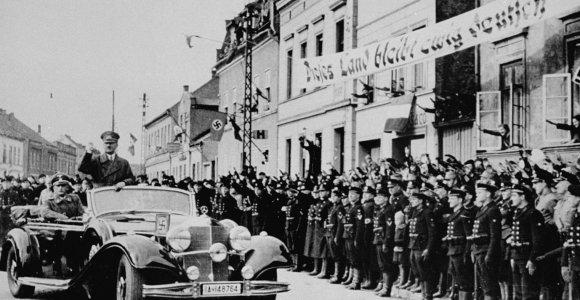 80 metų po Klaipėdos ultimatumo: kodėl daug klaipėdiečių A.Hitlerį sutiko su džiaugsmu?