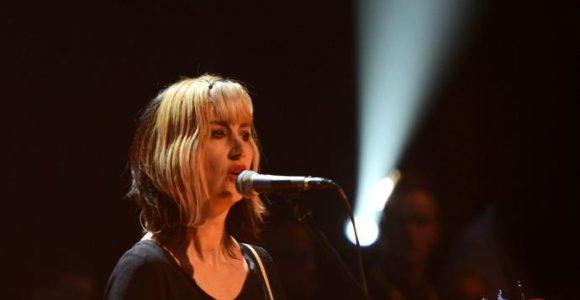 "Būdama 56-erių mirė grupės ""The Muffs"" vokalistė Kim Shattuck"