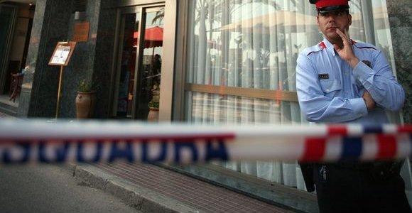 Ispanijoje sulaikyti du lietuviai, oro uoste pavogę akinių ir kvepalų už 37 tūkst. eurų