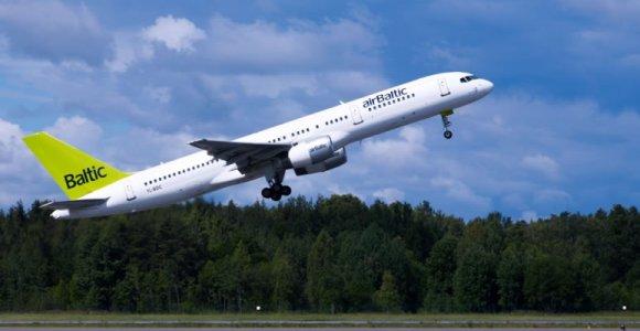 """""""Air Baltic"""" skraidins iš Rygos į Jekaterinburgą"""