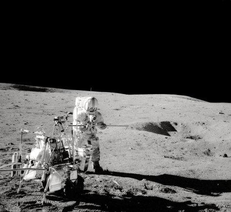 """""""Scanpix""""/""""Sipa USA"""" nuotr./Alanas Shepardas Mėnulyje"""