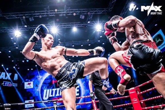 """""""Max Muay Thai"""" turnyro organizatorių nuotr./Sigitas Gaižauskas Tailande iškovojo lygiąsias"""