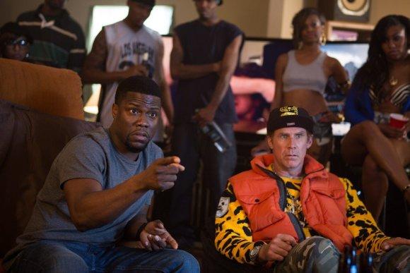 """""""ACME Film"""" nuotr./Kevinas Hartas ir Willas Ferrellas komedijoje """"Būk kietas"""""""