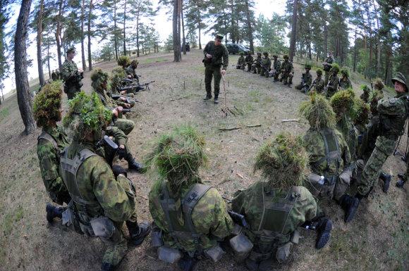 Alfredo Pliadžio nuotr./Baziniai kariniai mokymai