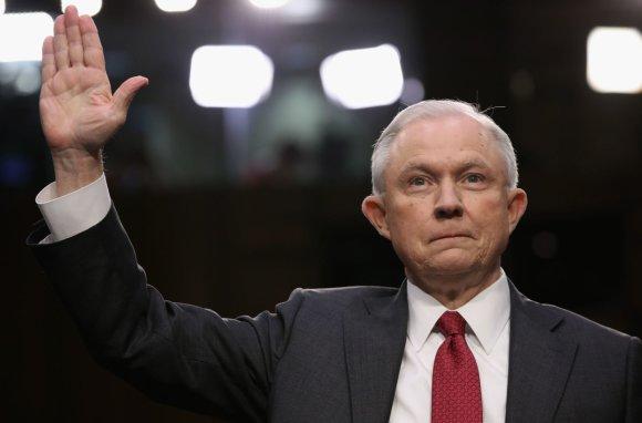 "AFP/""Scanpix"" nuotr./J.Sessionsas apklausiamas Senate"