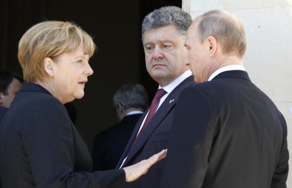 """""""Reuters""""/""""Scanpix"""" nuotr./Angela Merkel, Petro Porošenka, Vladimiras Putinas"""