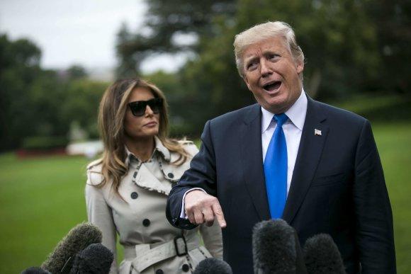 """""""Scanpix""""/""""SIPA"""" nuotr./Donaldas ir Melania Trumpai"""
