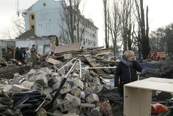 """""""Scanpix""""/AP nuotr./Rytų Ukrainoje nesiliaujant susirėmimams Kijevas prašo pagalbos kovoje su Rusija."""