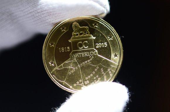 """Reuters""/""Scanpix"" nuotr./2,5 nominalo eurų monetos"