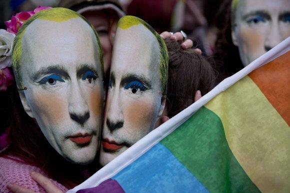 """""""Reuters""""/""""Scanpix"""" nuotr./Rusijoje uždrausta dalintis Putiną pašiepiančia nuotrauka"""