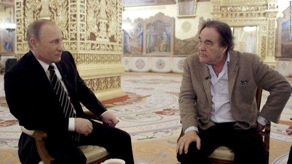 Showtime nuotr./O.Stone'o interviu su V.Putinu daugiau pasako ne apie Rusijos prezidentą, o apie O.Stone'ą