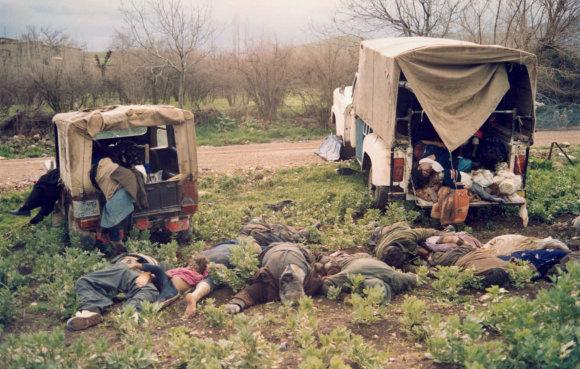 """AFP/""""Scanpix"""" nuotr./Cheminės atakos Halabdžoje aukos"""
