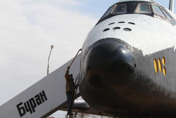 """RIA/Scanpix nuotr./Daugkartinio naudojimo kosminis laivas """"Buran"""""""