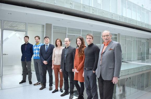 """""""Gruppo FOS Lithuania"""" vadovė R. Makauskienė kartu su KTU Biomedicininės inžinerijos instituto komanda."""