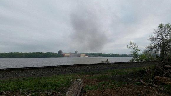"""Reuters""/""Scanpix"" nuotr./""Indian Point"" atominėje elektrinėje netoli Niujorko kilo gaisras"