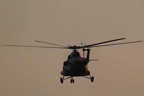 Kariškių sraigtasparnis virš Maskvos